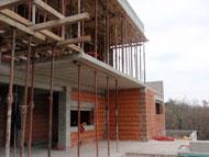 2AMV na gradbišču